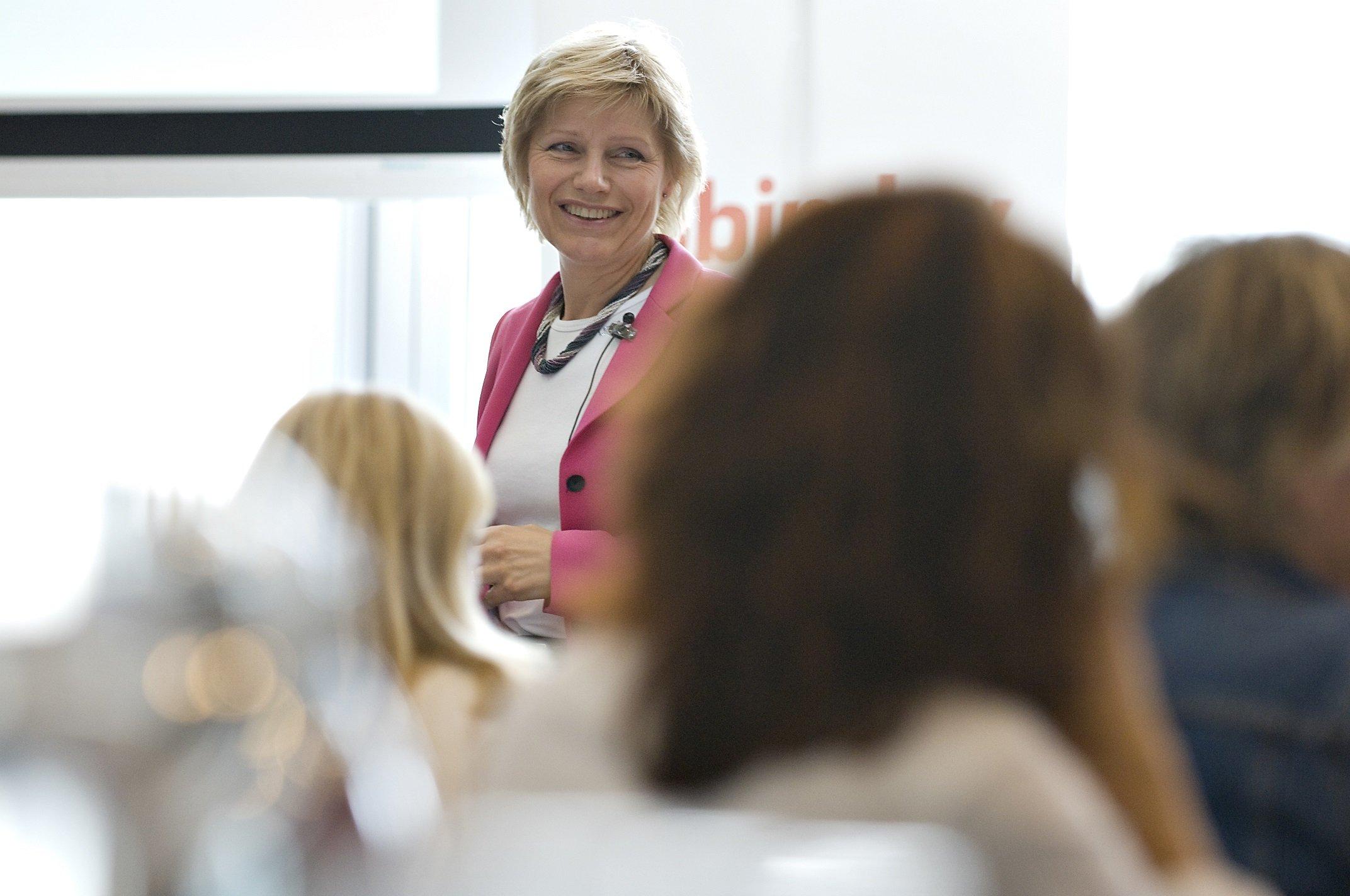 Jytte Hollender, speakersLounge, foredrag, karriereudvikling for kvinder