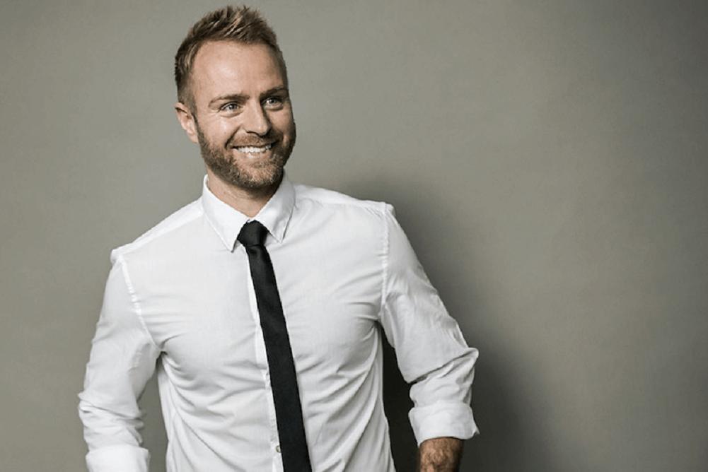 Jesper Bergstrøm, foredrag, SPESKERSlounge, kropssprog, kommunikation, motivation, arbejdsglæde, smil dig glad, kropssprog